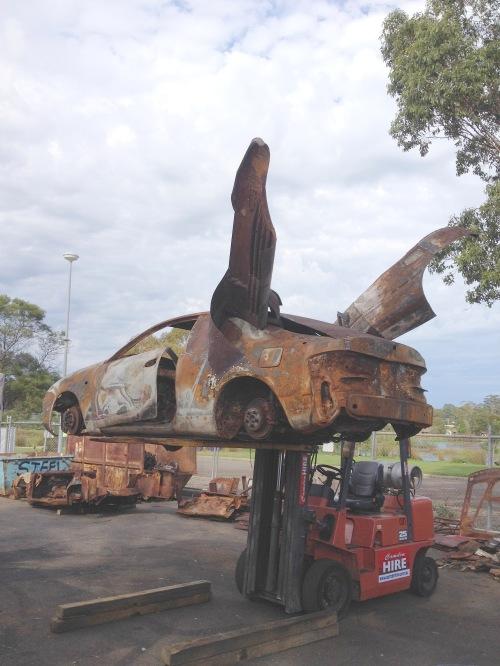 Shaping up Buru Transforma Kangaroo. Image courtesy of the artist, Michel Tuffery, Wellington, Aotearoa New Zealand.